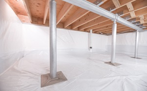 Crawl space structural support jacks installed in Old Town